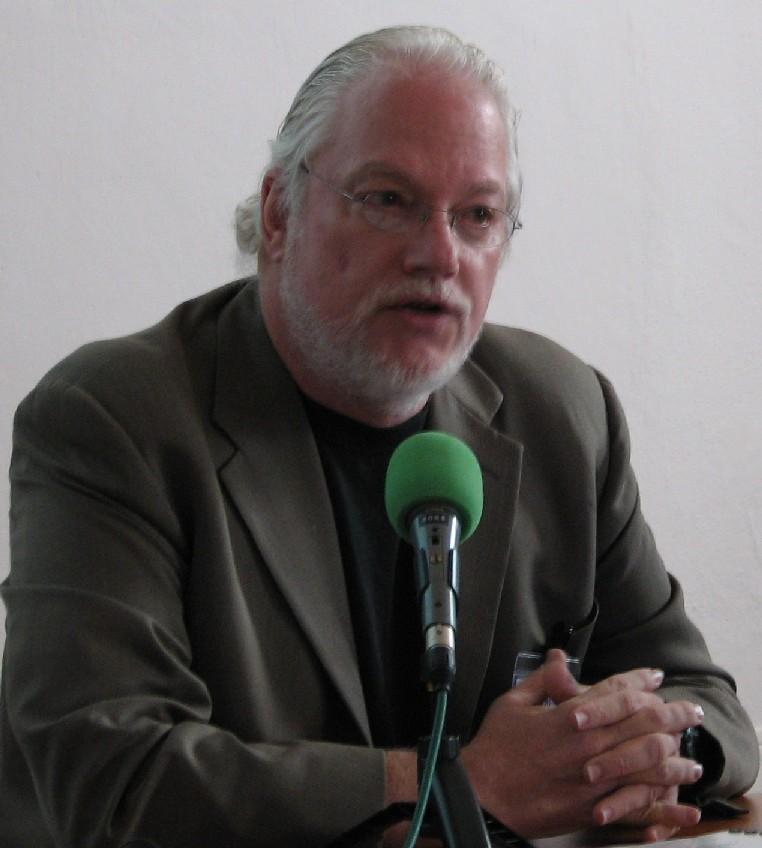 Bruce Thompson při přednášce
