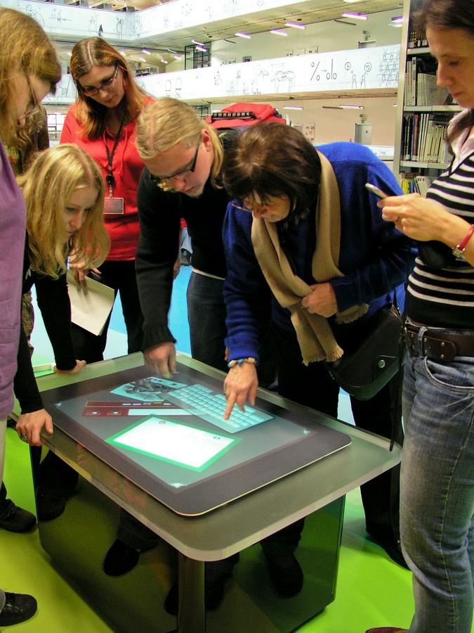 Microsoft Surface přitahoval pozornost po celý den