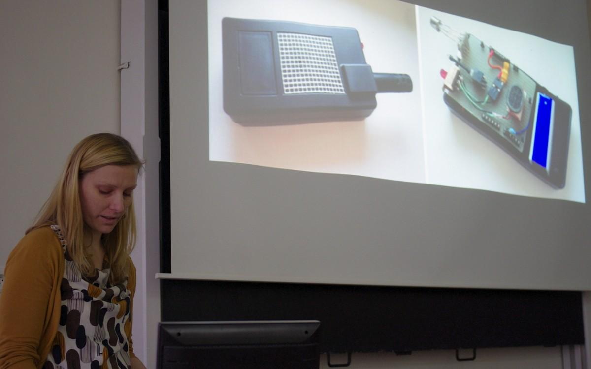 Radka Peterová a prototyp osobního senzoru