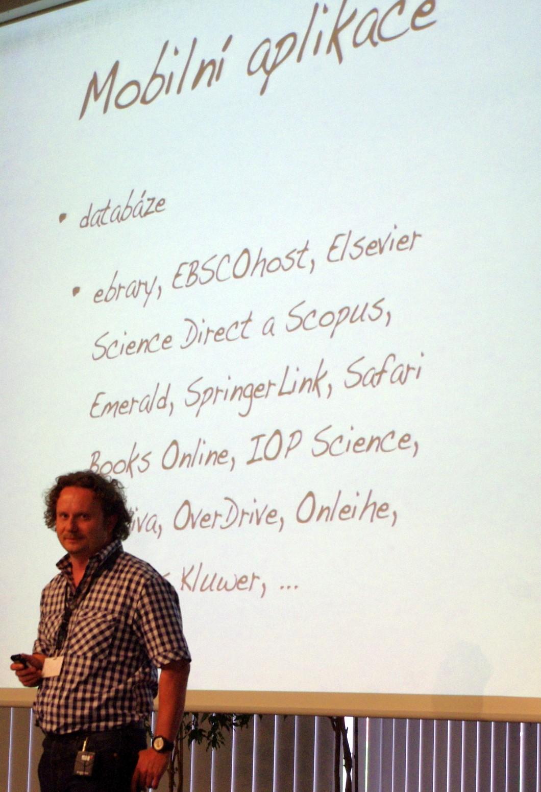 Zajímavá přednáška Jiřího Pavlíka o mobilních aplikacích