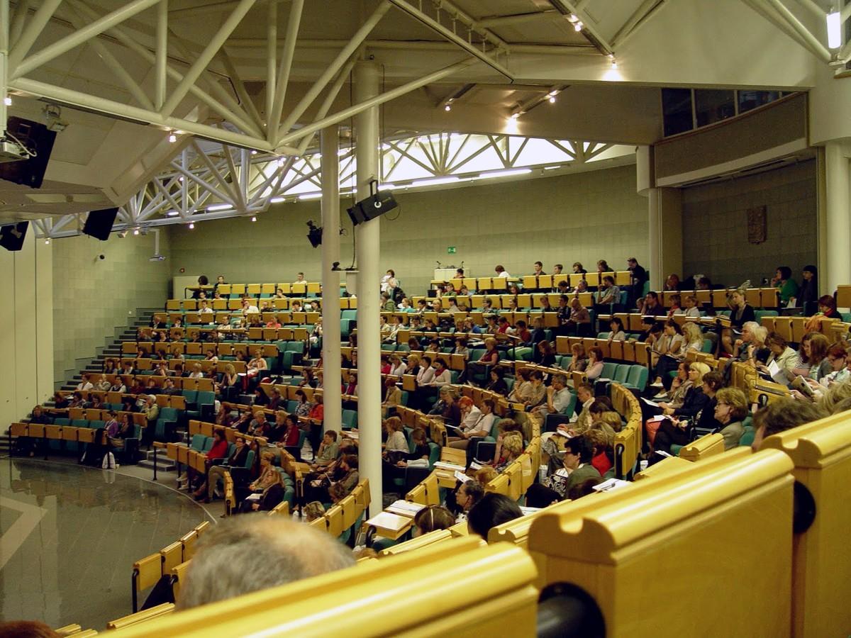 Účastníci konference, Vencovského aula VŠE