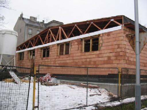 Objekt budoucí knihovny během rekontrukce, zima 2006