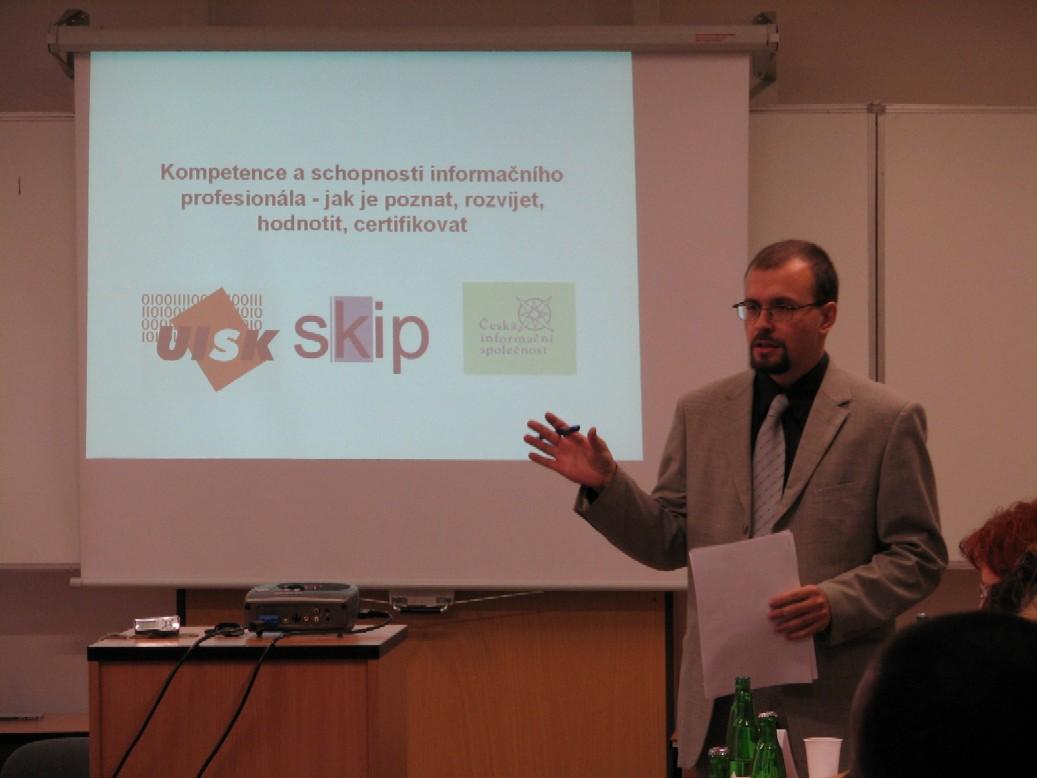 Moderátor J. Schwarz