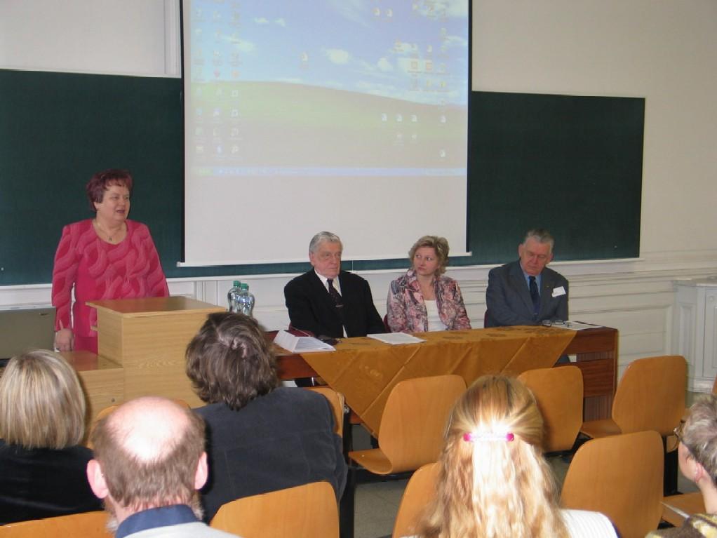 Doc. PhDr. Milada Písková, CSc.; doc. PhDr. Jiří Urbanec, CSc.; doc. PhDr. Irena Korbelařová, Dr.; Ing. Breuer