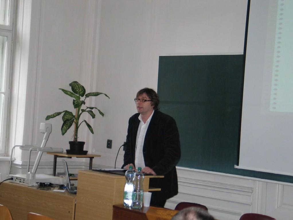 Dr. Tomasz Kruszewski