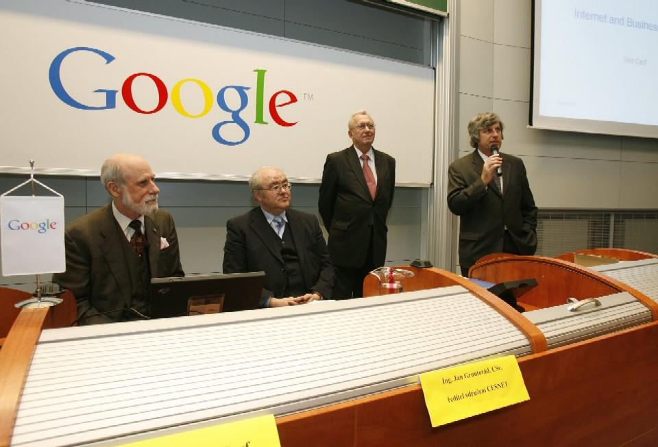 Přednáška: V. Cerf, J. Gruntorád, J. Havlíček, M. Vlček