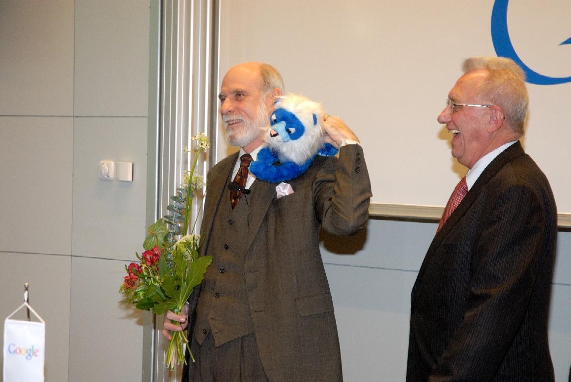 Přednáška: V. Cerf, V. Havlíček