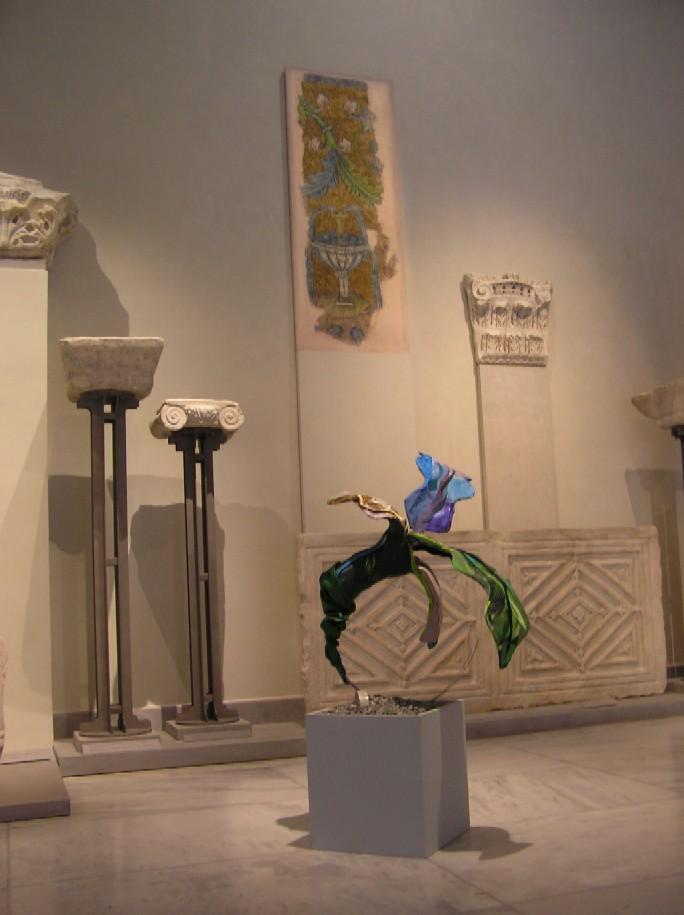 Obr. 13: Soluňští Řekové jsou především hrdí na svoji antickou a byzantskou minulost – jejich inscenaci jsou věnována Archeologické muzeum a Muzeum byzantské kultury, to nedávno získalo cenu Evropské unie; v expozici se prolíná soudobá umělecká tvorba s byzantskými památkami