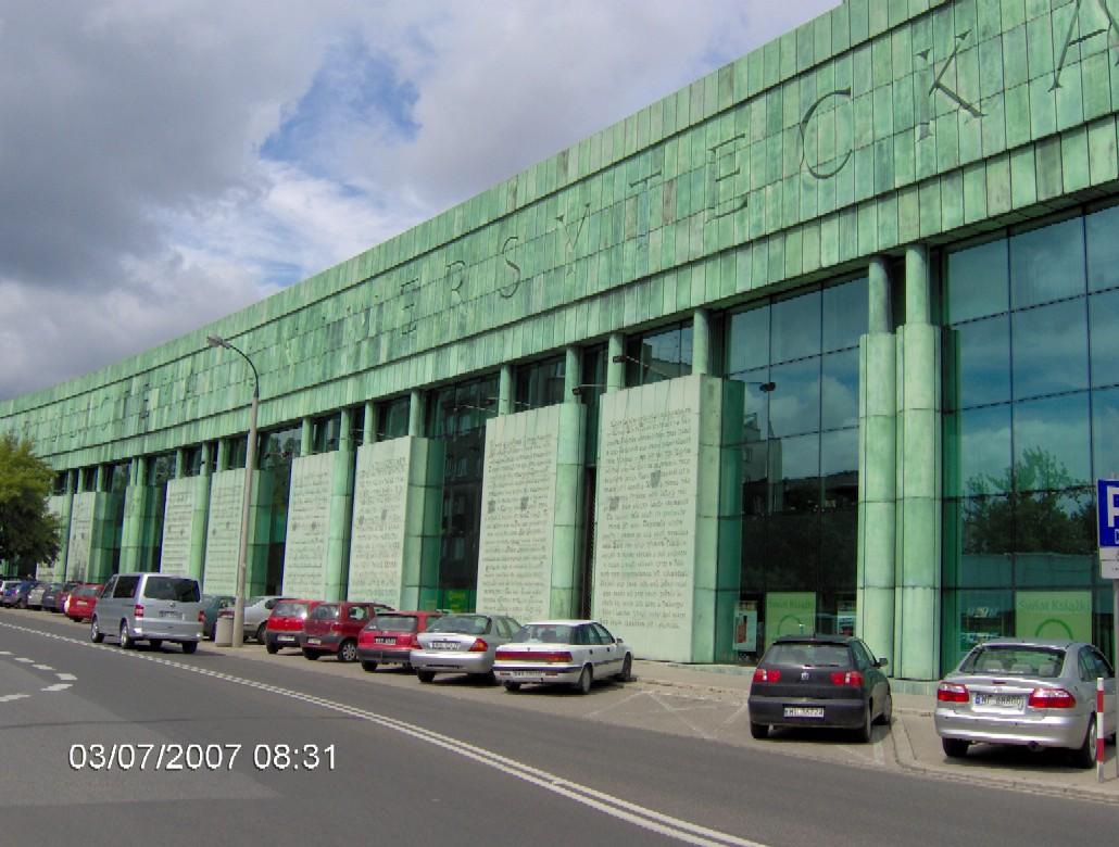 Hlavní fasáda budovy Univerzitní knihovny