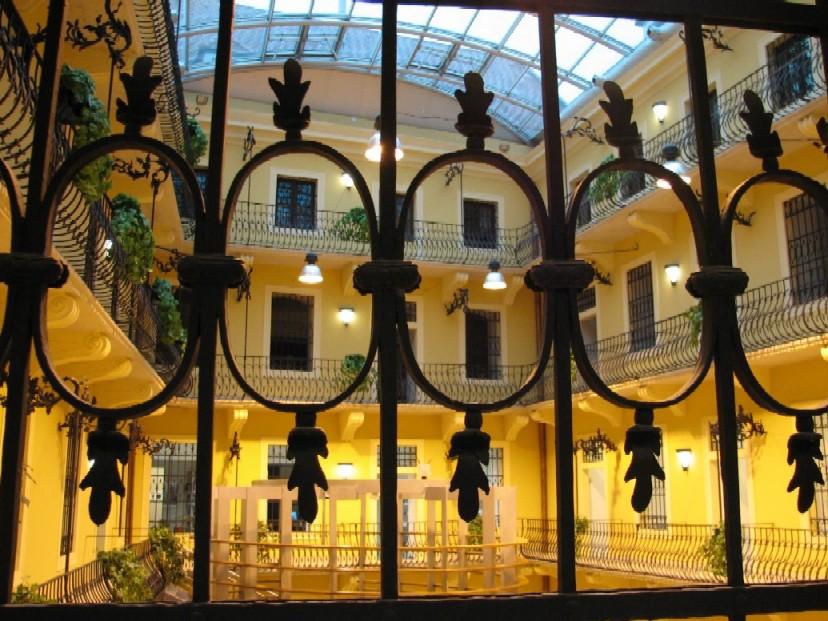 … a rovněž návštěva v Univerzitní knihovně v Bratislavě