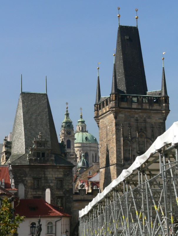 gotika, baroko, současnost - tak blízko u sebe…