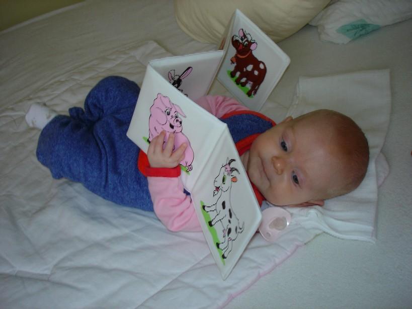 Rozvíjení čtení má zelenou již od nejnižšího věku...