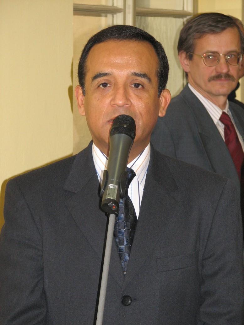 Jeho Excelence pan Alberto Salas Barahona, velvyslanec Peru v ČR