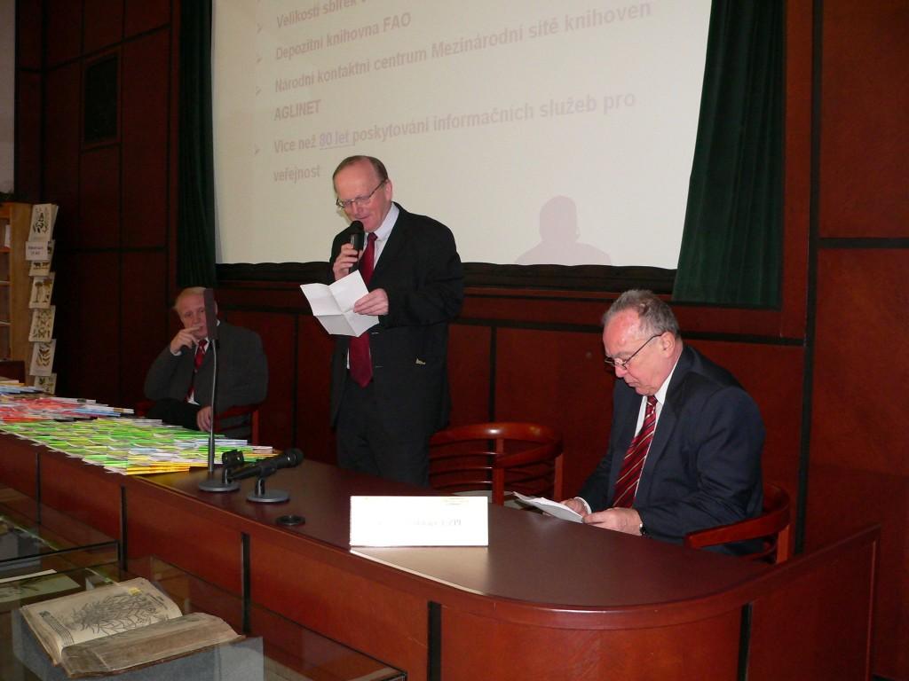 Ing. J. Vozka vítá účastníky