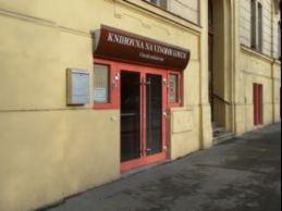 Vchod do knihovny
