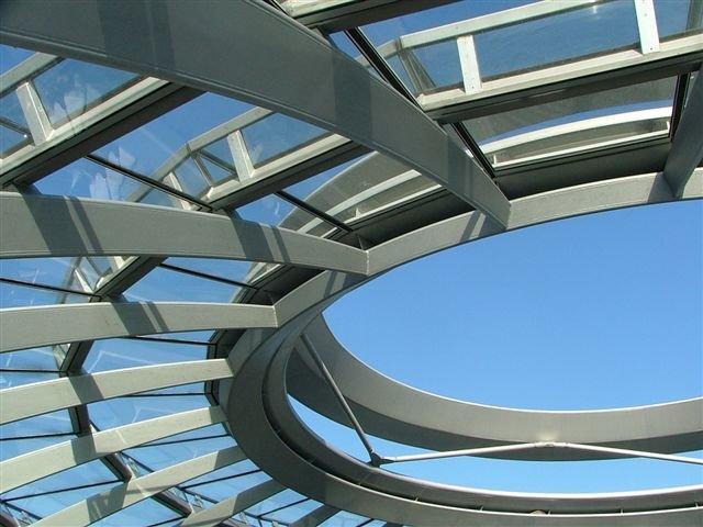 Kupole budovy Reichstagu v Berlíně