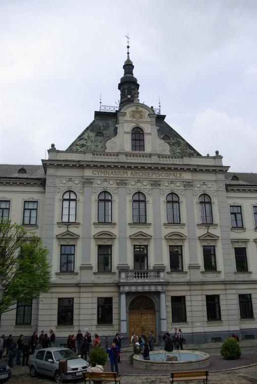 Budova Arcibiskupského gymnázia v Kroměříži; autor: Matěj Vaněček