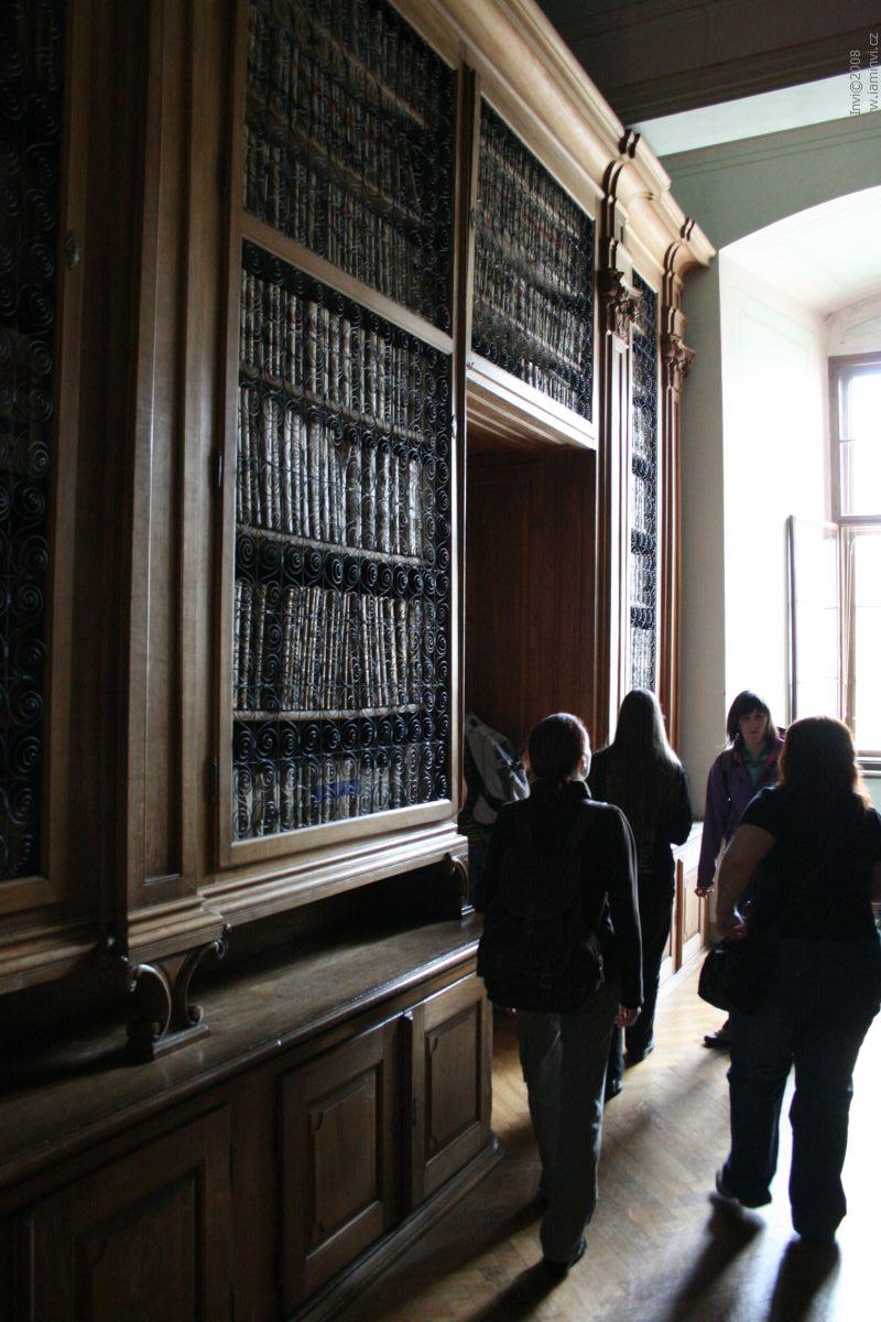 Vstup do historické knihovny zámku Kroměříž; autor fotografie: Terezie Holešínská
