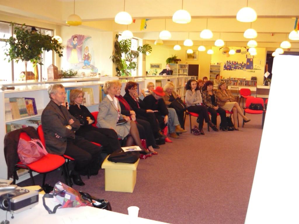 Účastníci workshopu KOMUNITNÁ KNIŽNICA