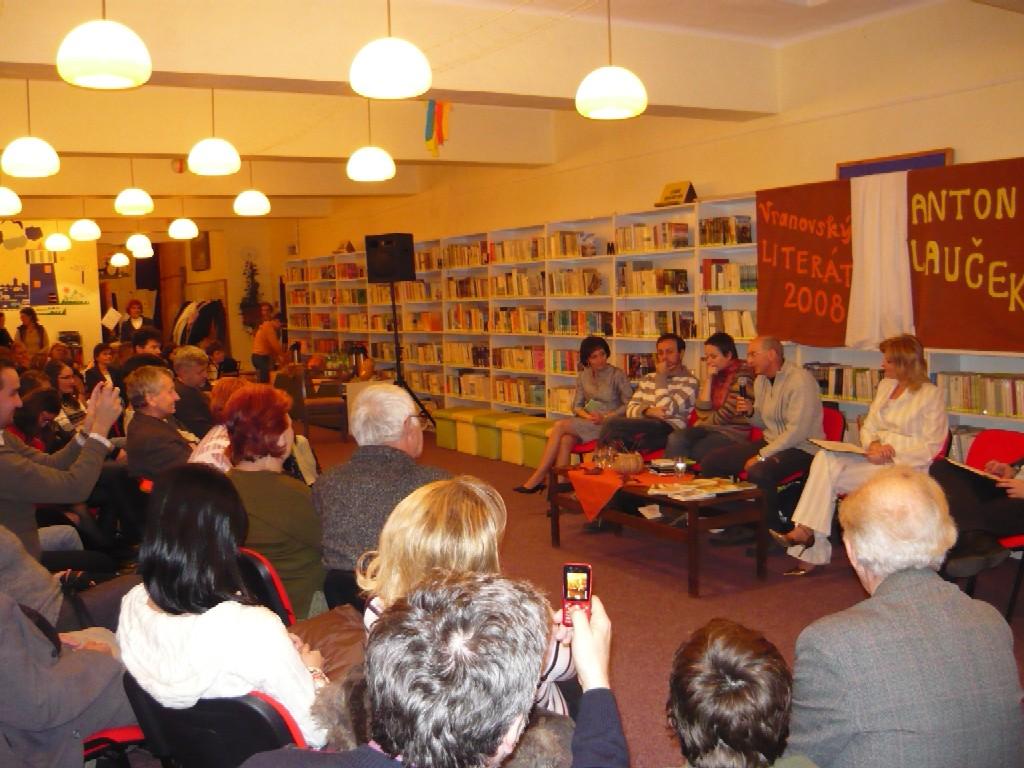 Vyhodnotenie autorskej literárnej súťaže a stretnutie so spisovateľom