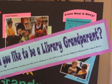 Obr. 8: Městská knihovna v Napa – Would you like to be a library grandparent?