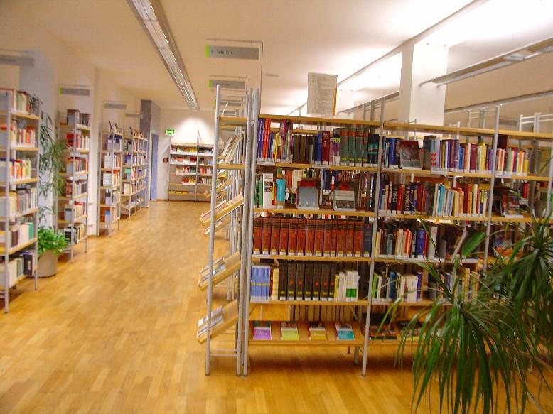 Stadtbücherei Würzburg  - volný výběr
