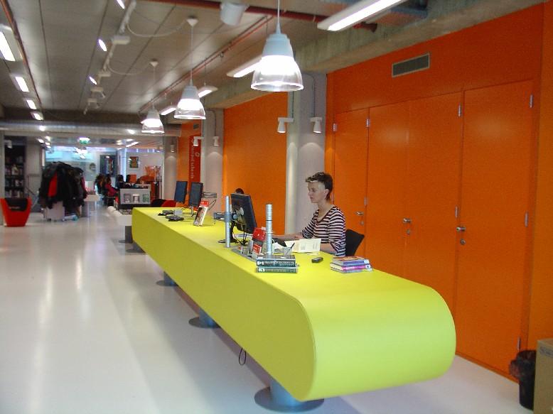 DOK Library Concept Centre Delft – infopult
