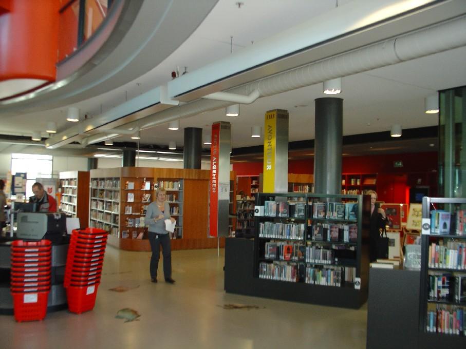 Bibliotheek Heerhugowaard – oddělení beletrie