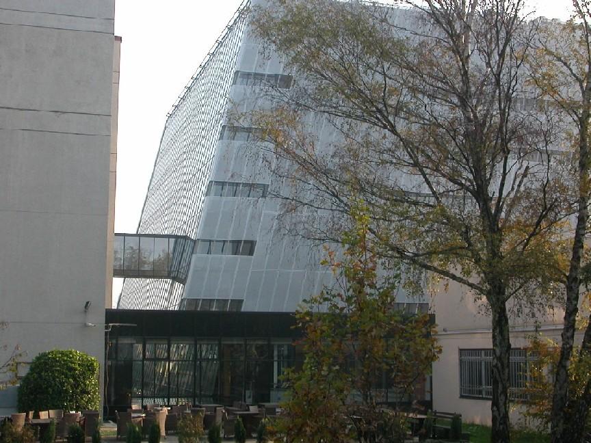 Obr. 2: Knihovna Filozofické fakulty