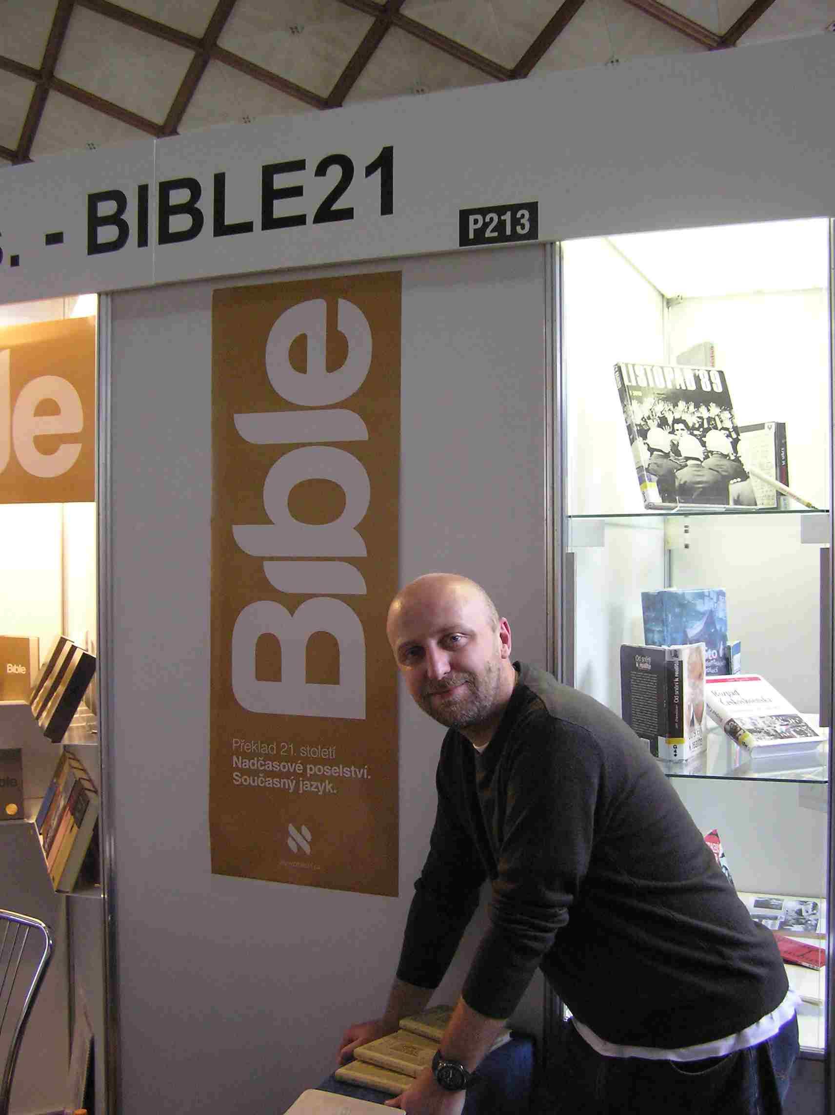 Obr. 8: Alexander Flek, pod jehož vedením vznikal mediálně i komerčně úspěšný překlad Bible 21