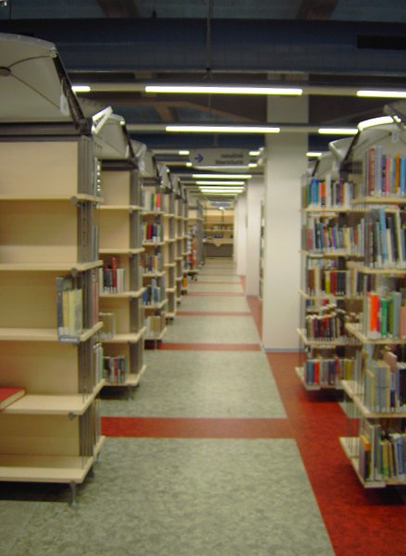 Prostorové uspořádání knihovny (autor Tereza Libecajtová)