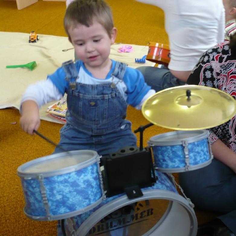 Malý muzikant při Rodince My jsme muzikanti
