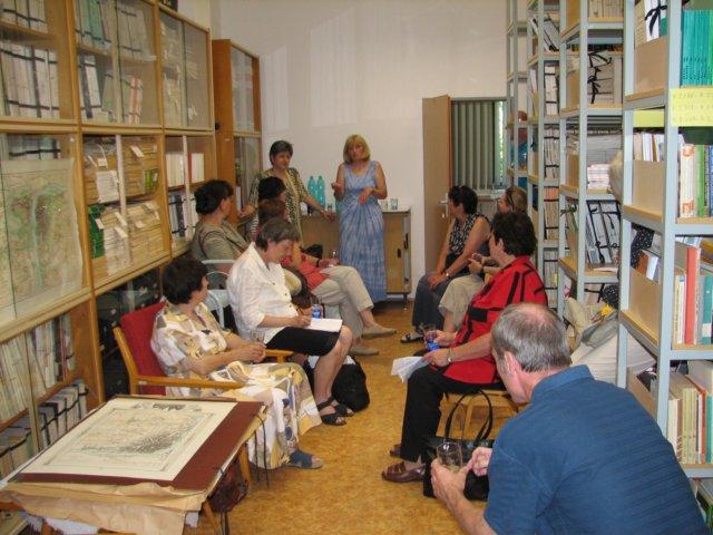 Oddělení knihovnických a dokumentačních služeb