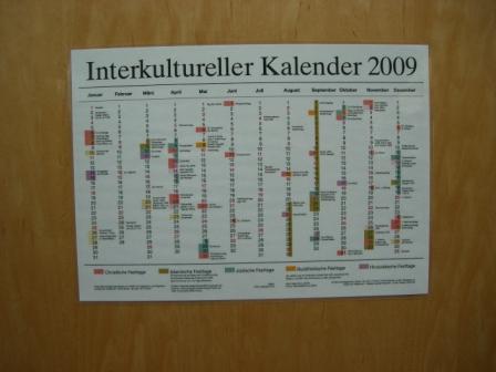 Kalendář se svátky různých kultur (náboženství) je pestrý