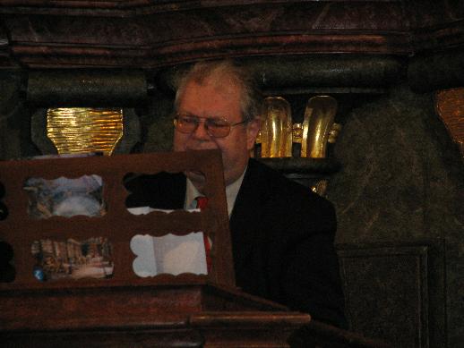Vyhlášení doprovázela varhanní hudba v podání prof. Otomara Kvěcha