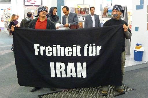 Protesty proti Íránu