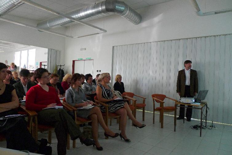 PhDr. Vít Richter (NK ČR) a zaujatí posluchači