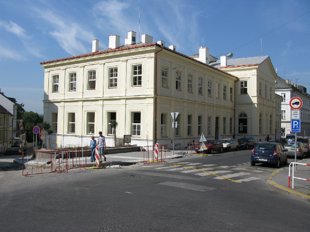 Budova Ústavu vědeckých informací