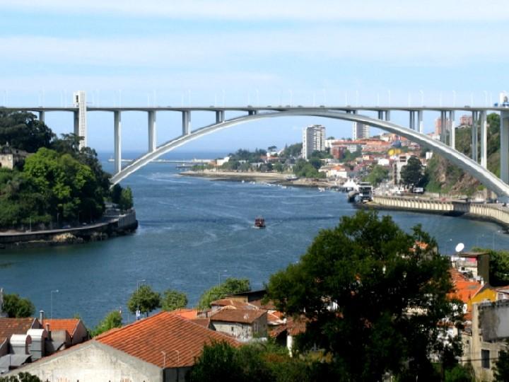 Zdarma online datování v portugalsku