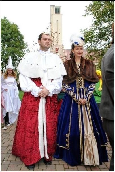 Jeho veličenstvo král Jan a královna Eliška
