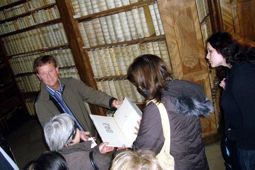 Náš průvodce v pasovské knihovně, knihovník Hubert  Lang