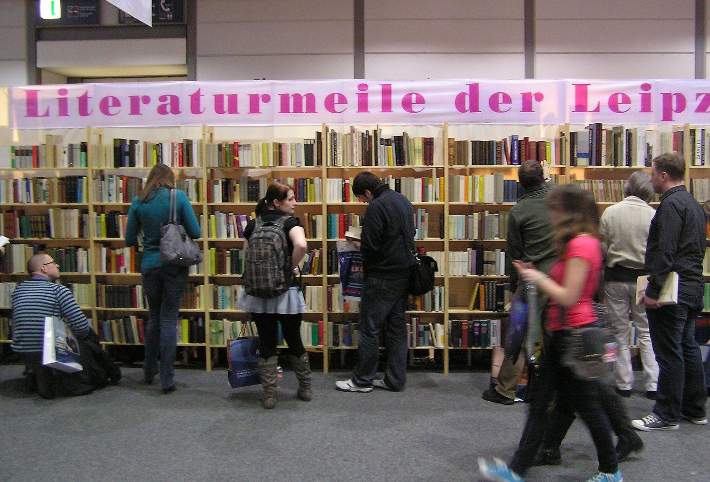 Knihy ke čtení či zakoupení