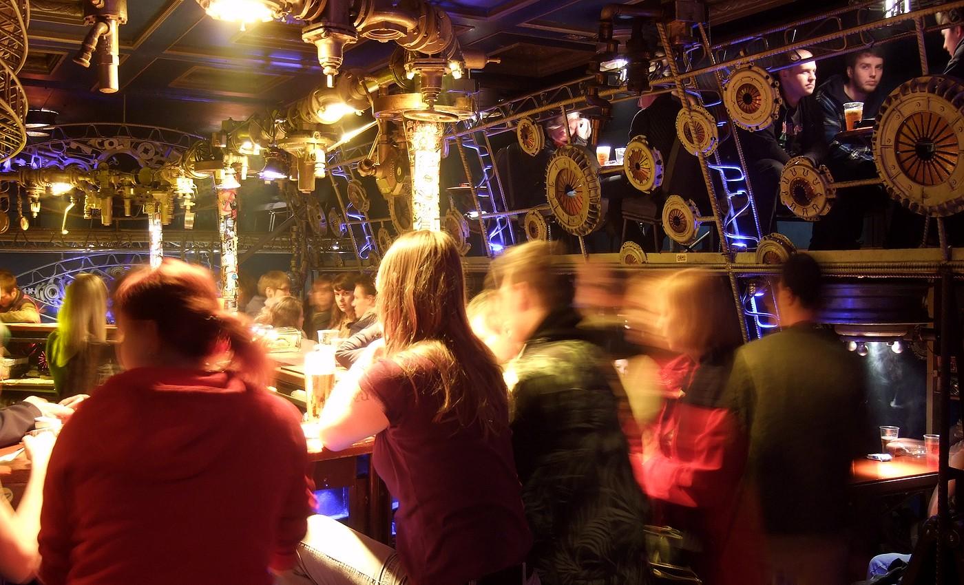 Steampunková RESET NIGHT v Cross Clubu