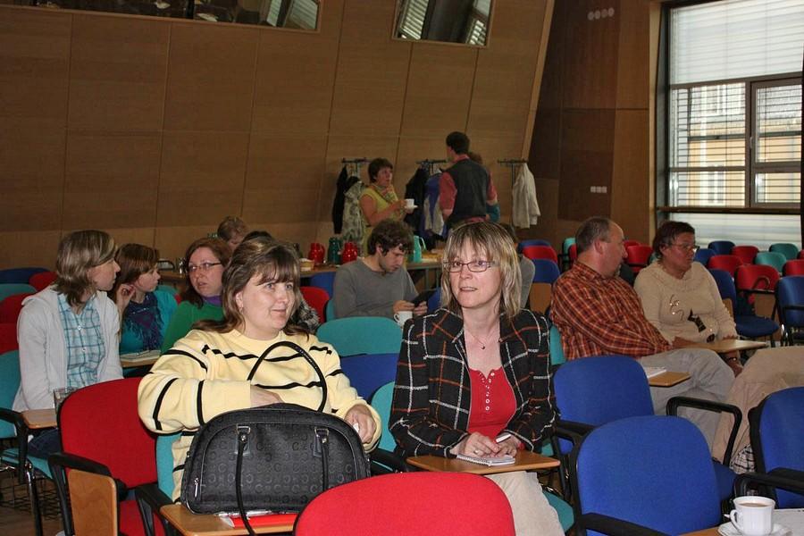 Účastníci semináře o marketingu
