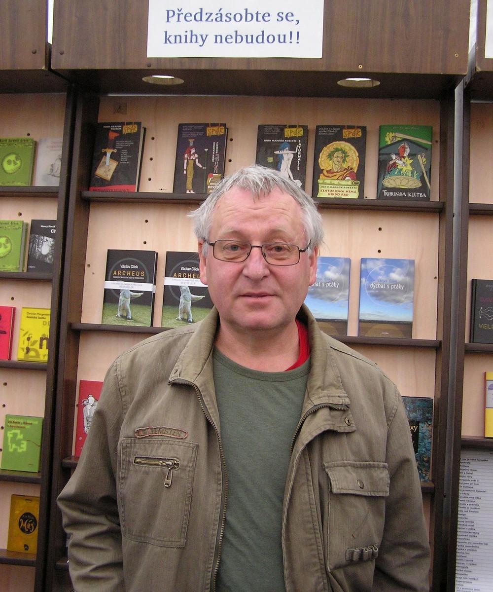 Václav Cílek a knihy - mimo jiné i Archeus