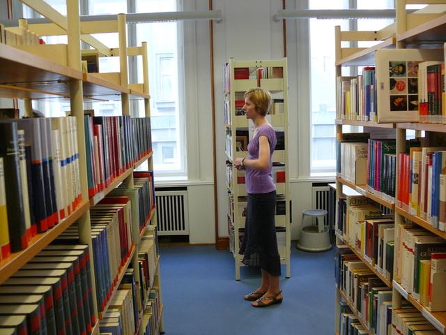 Výklad v prostorách knihovny
