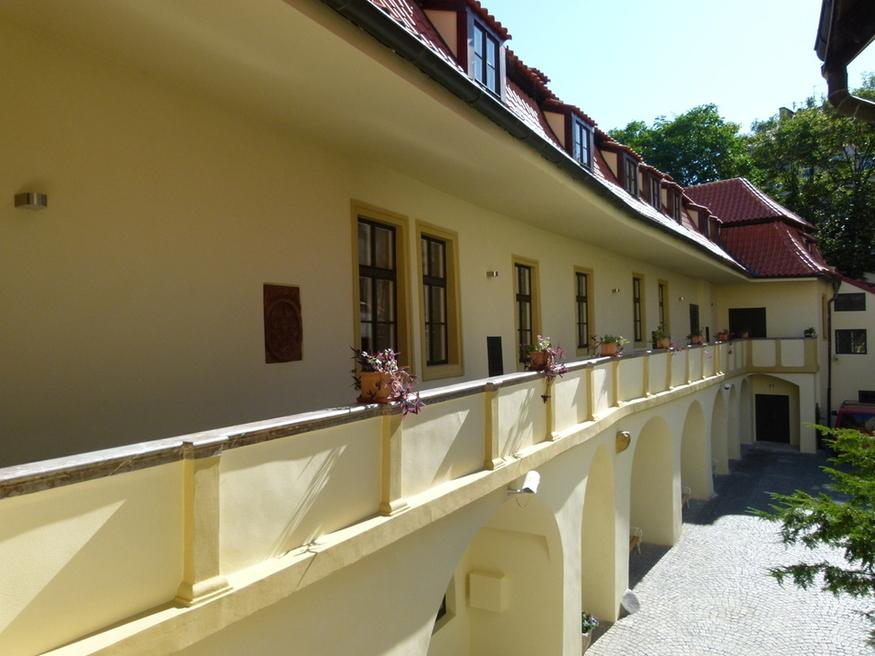 Knihovna Náprstkova muzea zvenčí