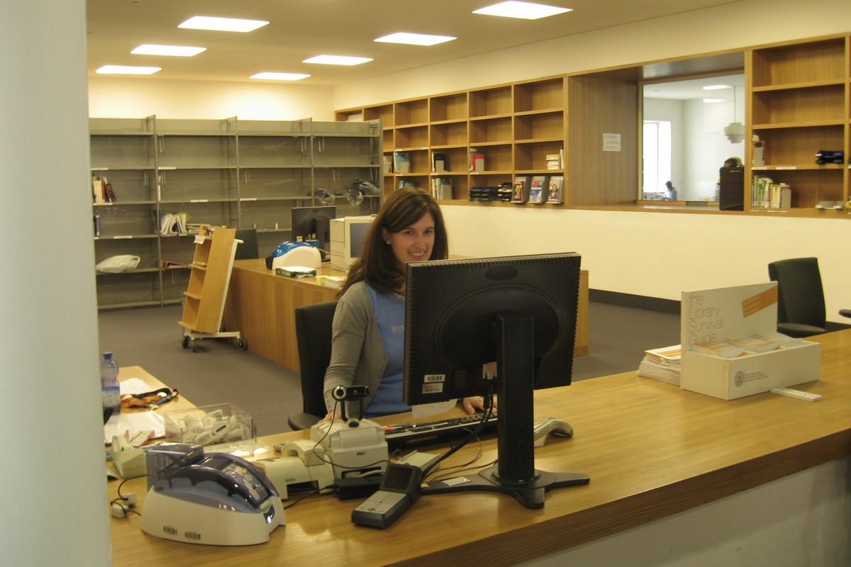 Výpůjční oddělení knihovny