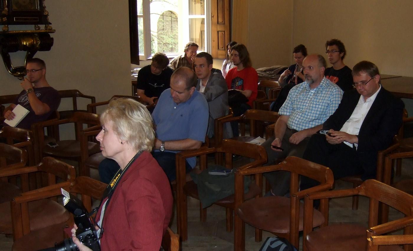 Účastníci veřejné diskuse