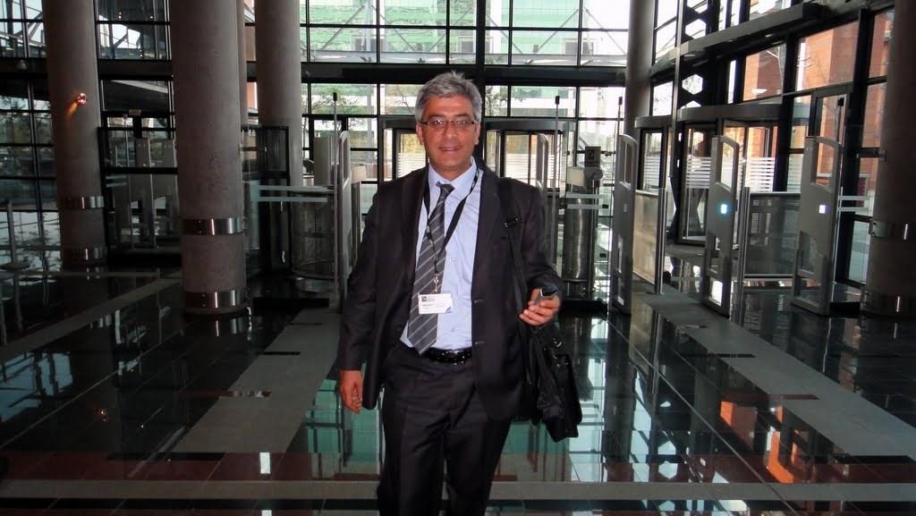 Íránský delegát Dariush Matlabi